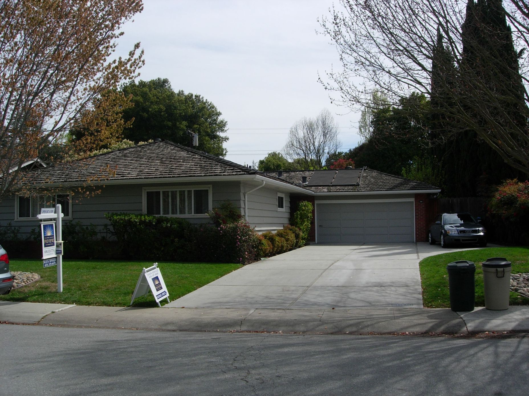 345 Claremont Way, Menlo Park